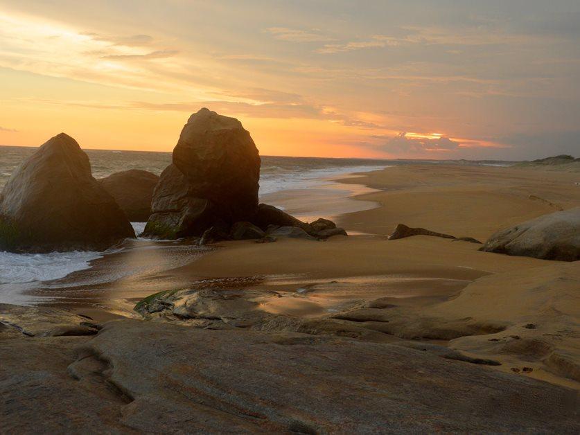 enrichissez-vous voyager au Sri Lanka 7 bonnes raisons - plage