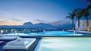 piscine extérieure hôtel SHA Wellness Clinic