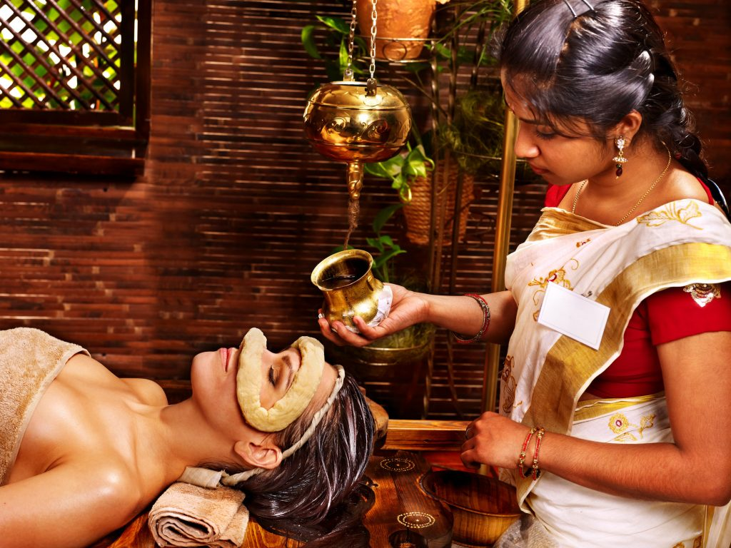 Soin Ayurveda traditionnel pour les yeux